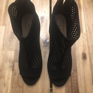 Sandals boots